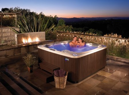 Spa vs Pool | Considering buying a pool or spa pool? Read this first
